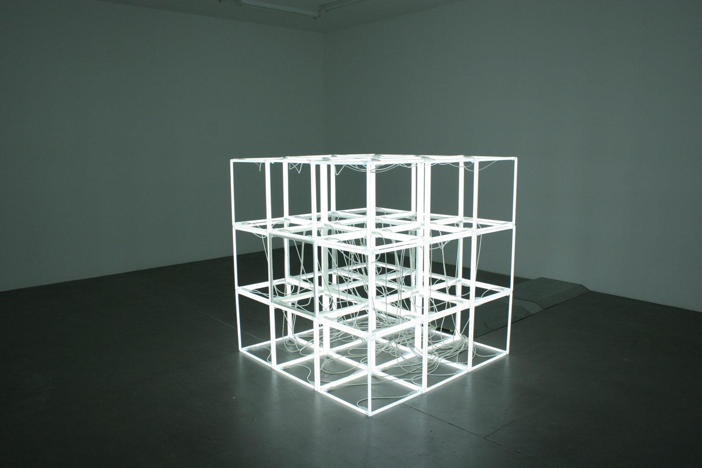 Jeppe Hein, Changing Neon Sculpture, 2006, Neon technics, transformer, control technics, 150 x 150 x 150 cm