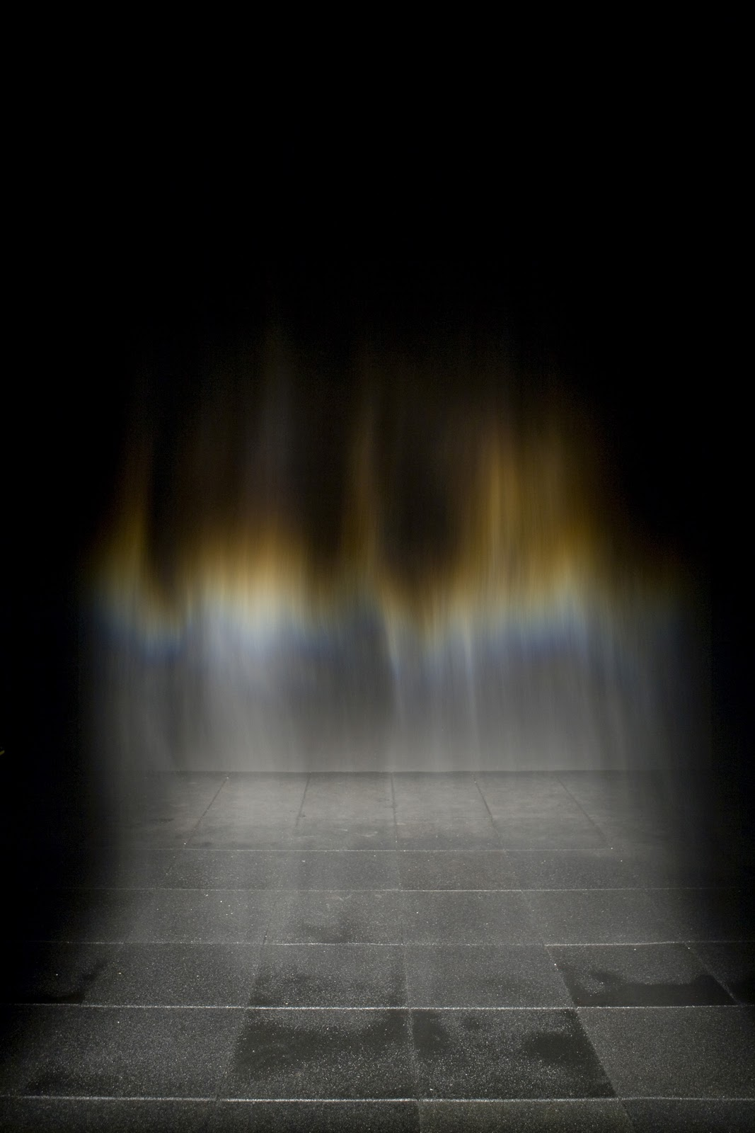 Olafur Eliasson, Beauty, 1993, artificial rainbow