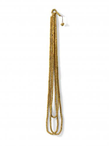 Zarina Hashmi, Tasbih (or), maple wood covered with gold leaf and threaded on leather cord, 500 units 1254.8 cm long.