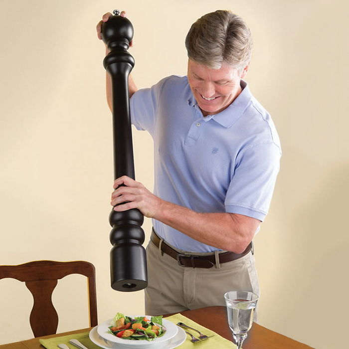 The-Ultimate-Pepper-Mill__700