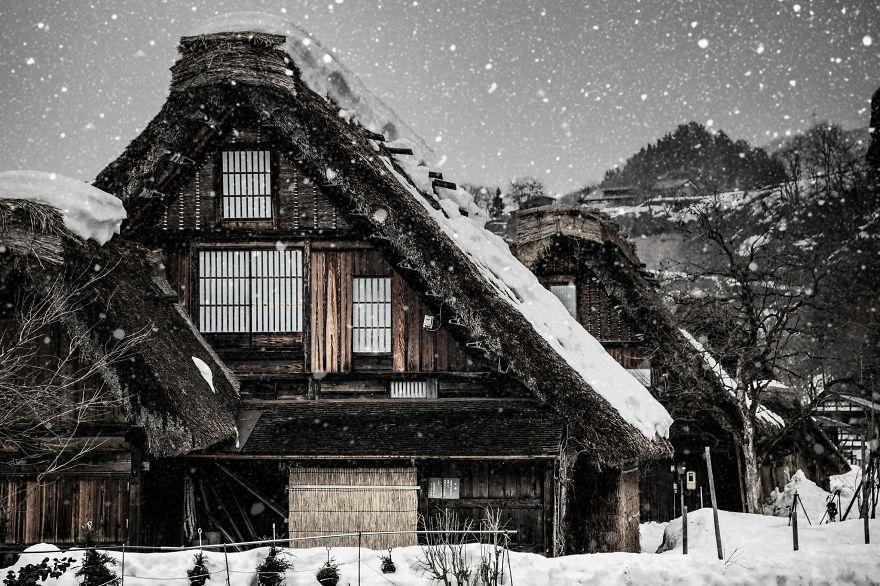 "This place is world heritage ""Shirakawa-go"""