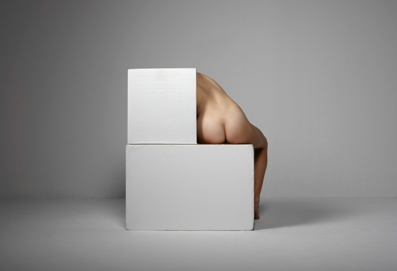 bill-durgin-assembles-and-fractures-bodies-designboom-06