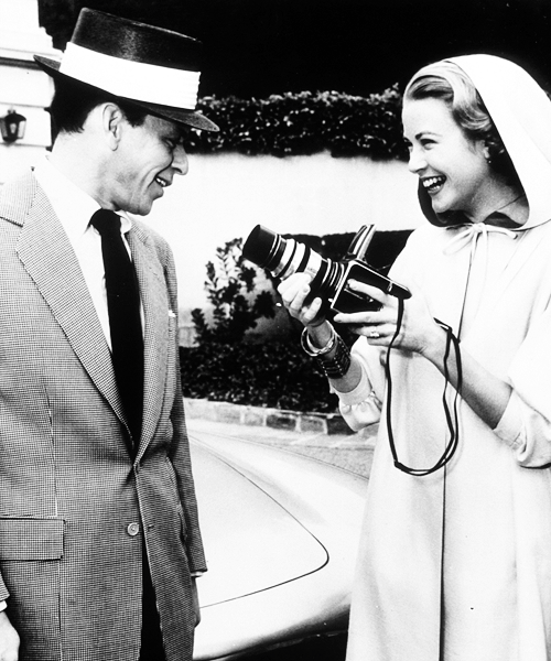 Celebrities with Their Vintage Cameras (1)