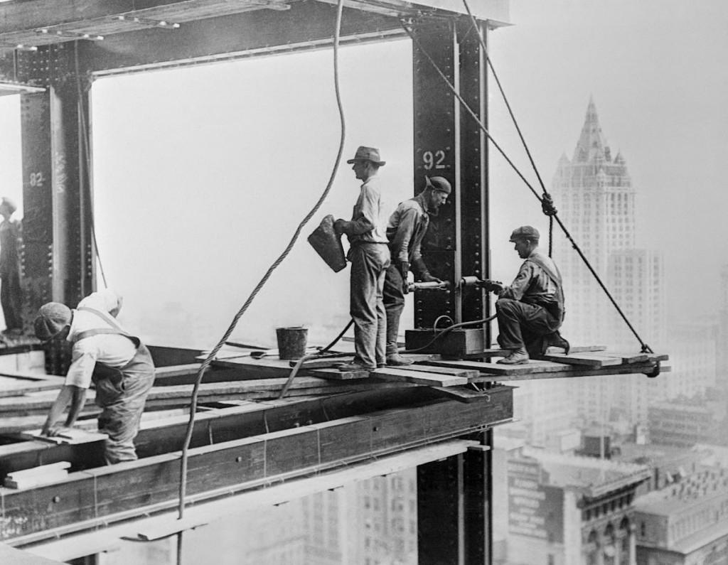 ConstructingtheEmpireStateBuilding1930s4