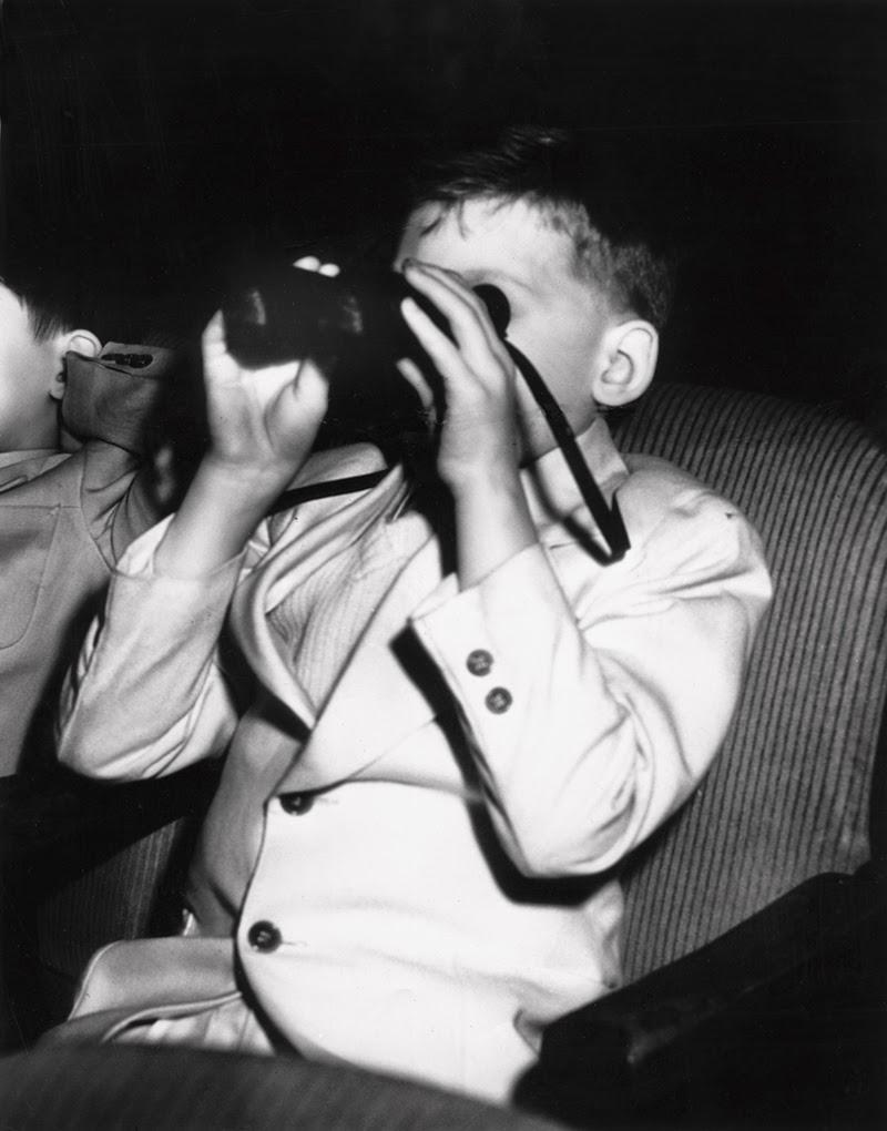 Weegee+-+Filmgoers,+1940s+(5)