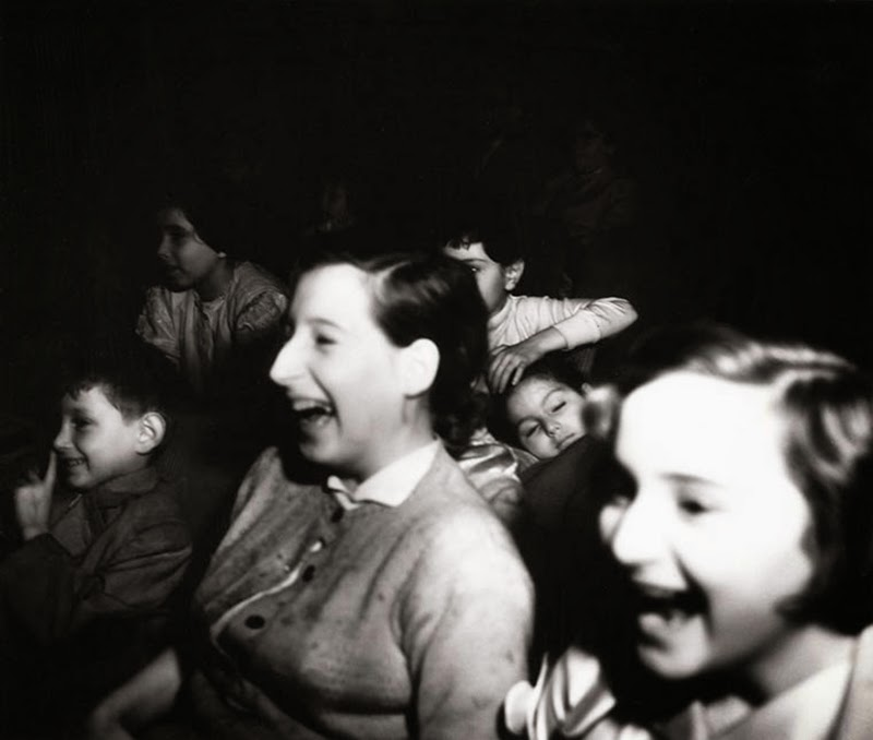 Weegee+-+Filmgoers,+1940s+(6)