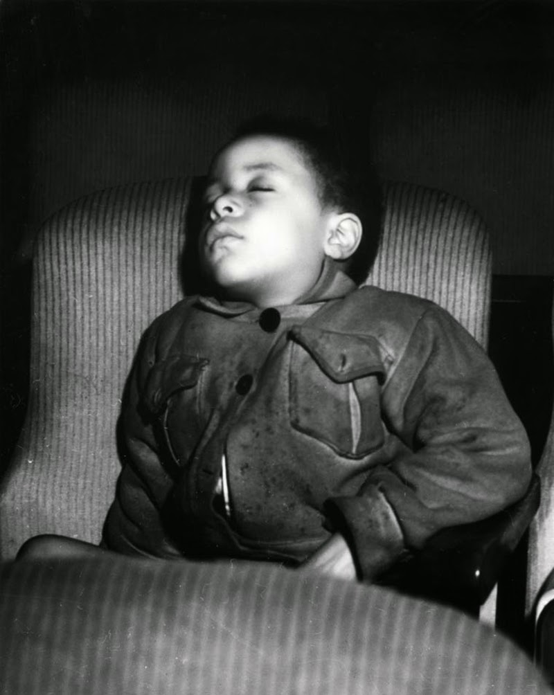 Weegee+-+Filmgoers,+1940s+(9)