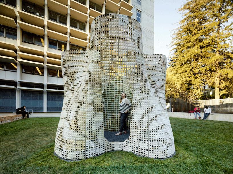 emerging-objects-bloom-3D-printed-pavilion-designboom-02