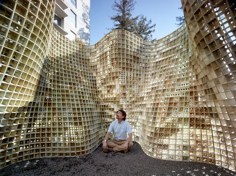 emerging-objects-bloom-3D-printed-pavilion-designboom-05