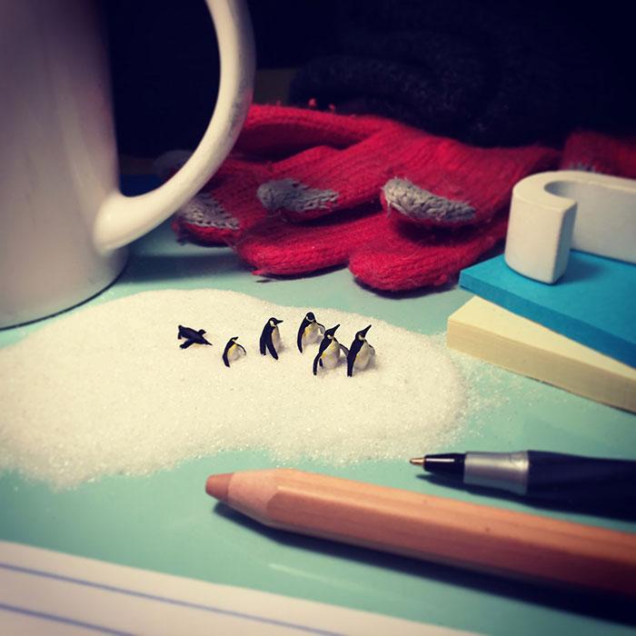 office-frustration-miniature-figures-photography-derrick_004