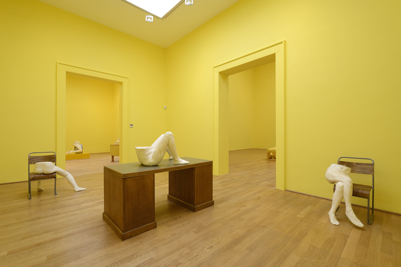 sarah-lucas-british-pavilion-at-the-venice-art-biennale-designboom-12