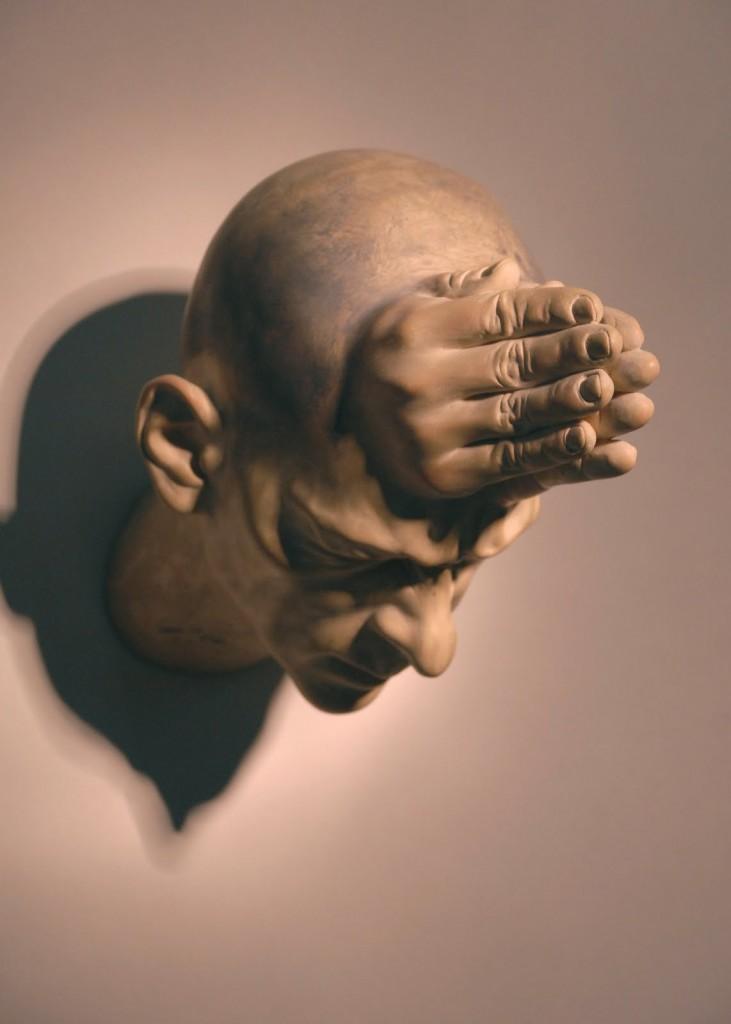 Bogdan-Rata-Pray-polyester-synthetic-resin-fibre-paint-2009-40x26x18-cm-courtesy-Nasui-Gallery