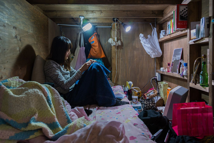 capsule-hotel-home-photography-enclosed-living-small-won_012