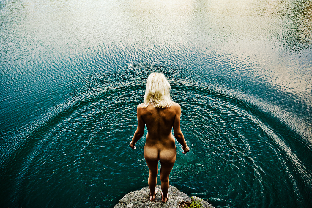 nude Woman swimming