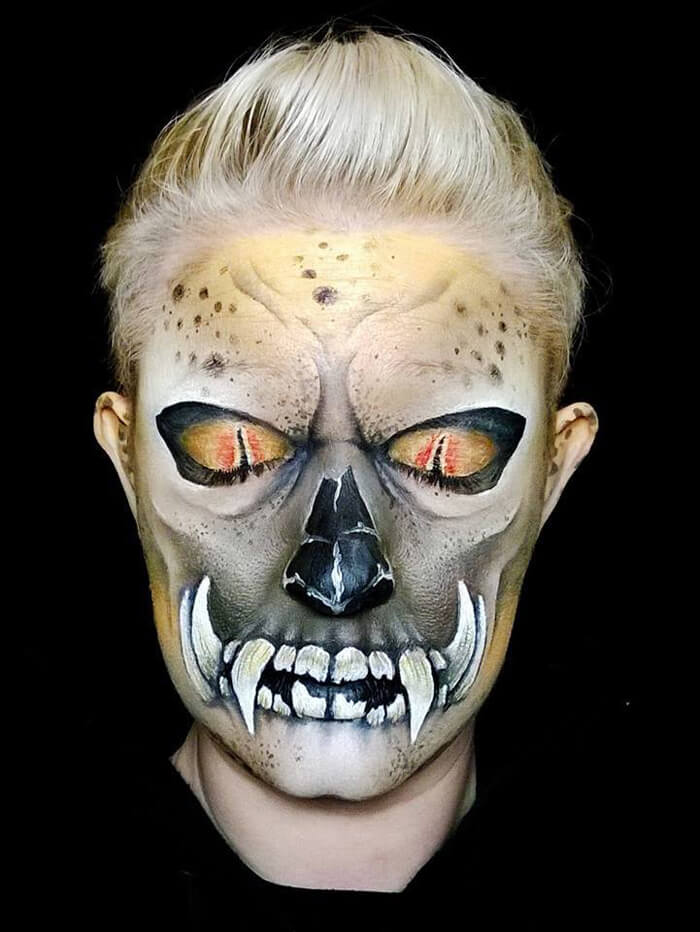 Creepy-Halloween-Makeup-By-Nikki-Shelley15__700