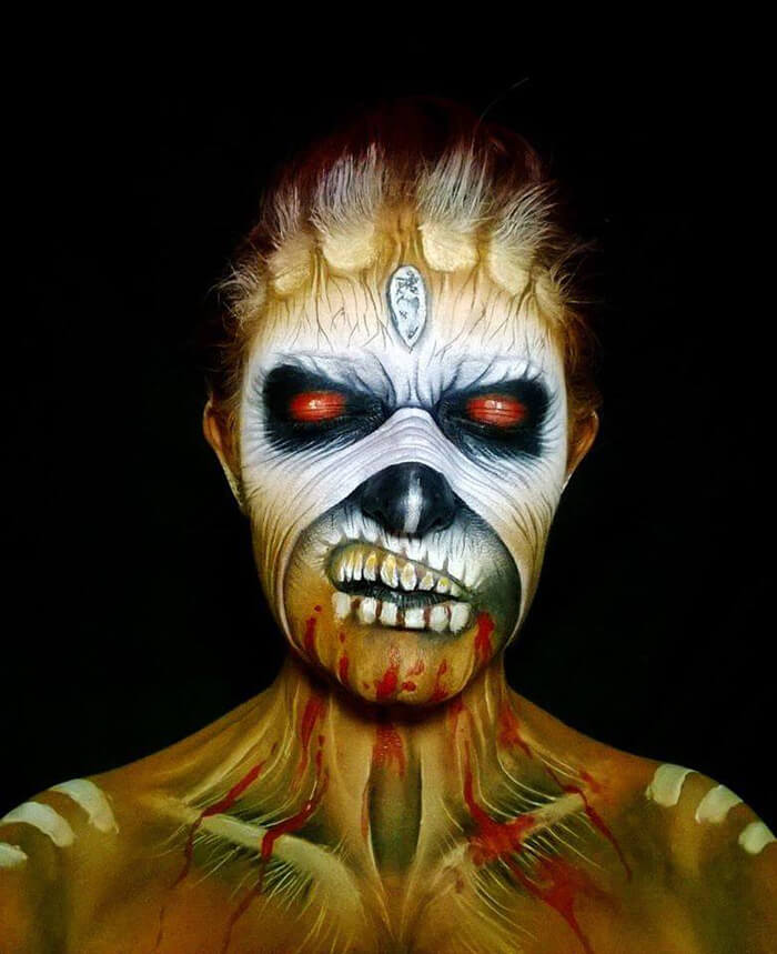 Creepy-Halloween-Makeup-By-Nikki-Shelley26__700