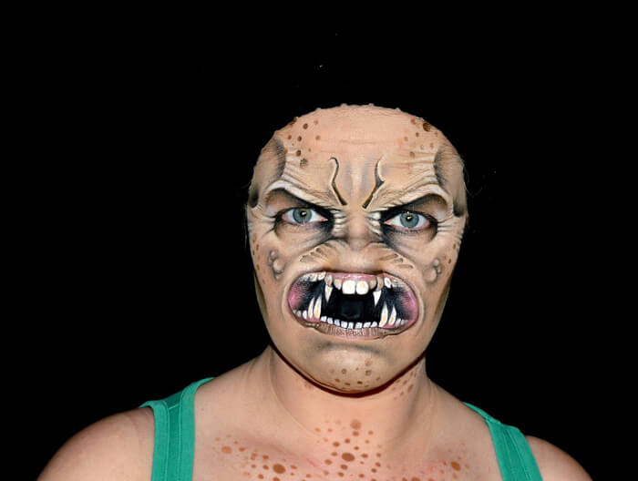Creepy-Halloween-Makeup-By-Nikki-Shelley5__700