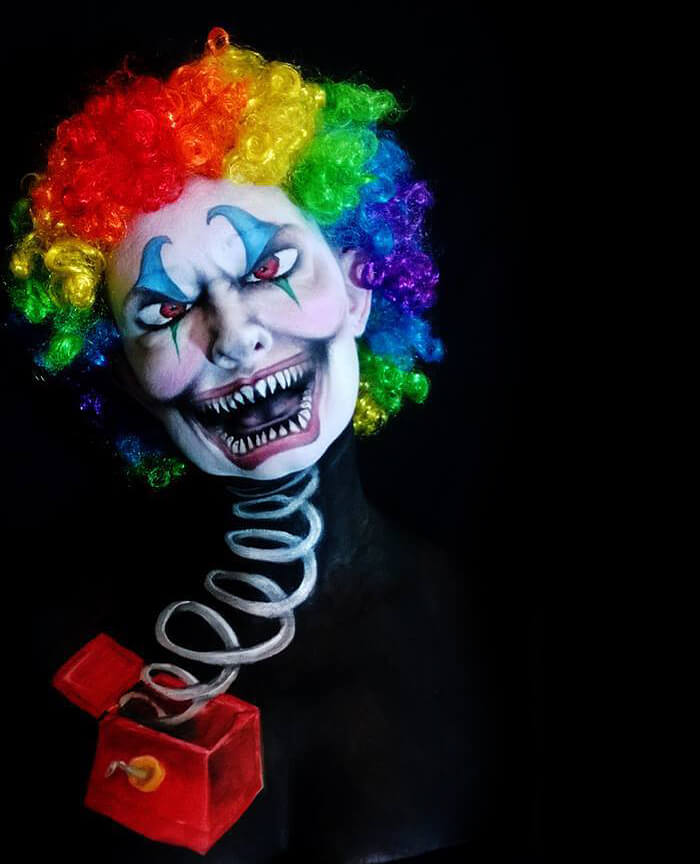 Creepy-Halloween-Makeup-By-Nikki-Shelley__700