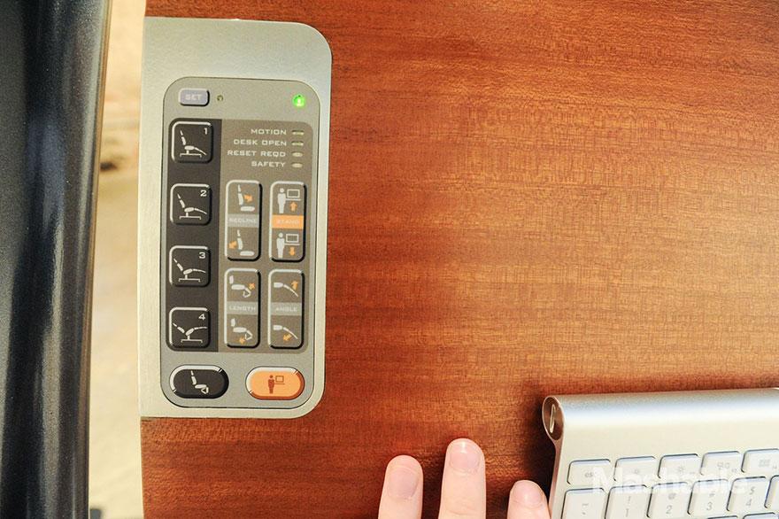 adjustable-desk-workstation-altwork-station-16