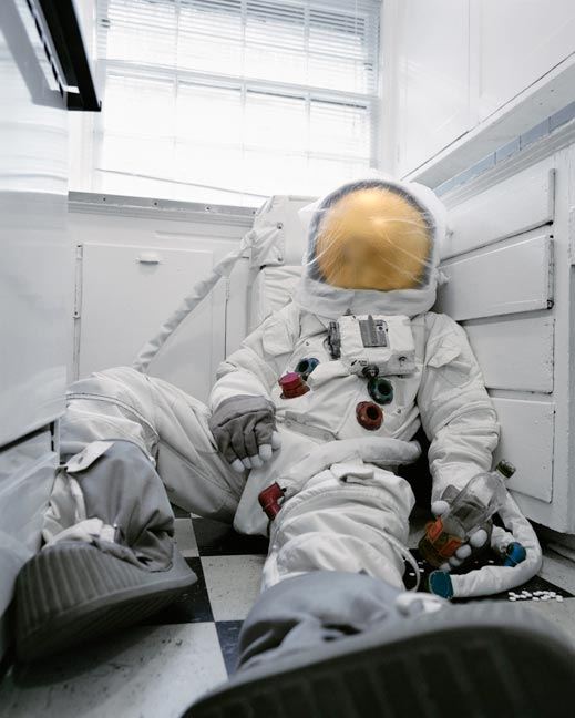 Astronaut_Suicides_Neil_Dacosta_04