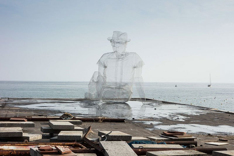 figurative-wire-mesh-sculptures-by-edoardo-tresoldi-11
