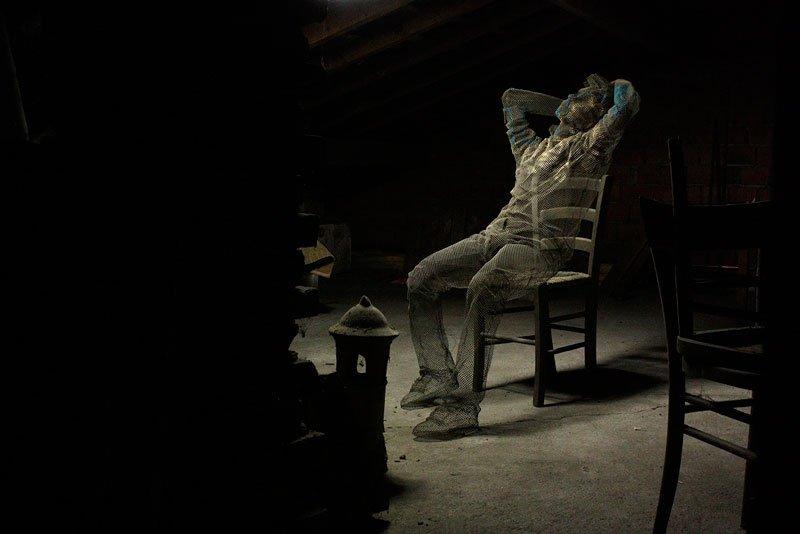 figurative-wire-mesh-sculptures-by-edoardo-tresoldi-9