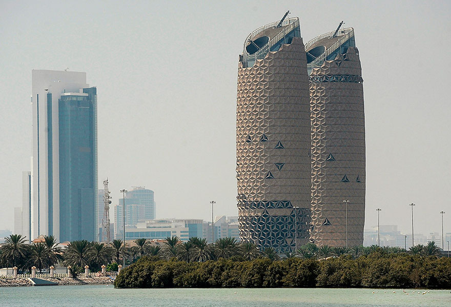 geometric-sun-shades-al-bahar-towers-abu-dhabi-19