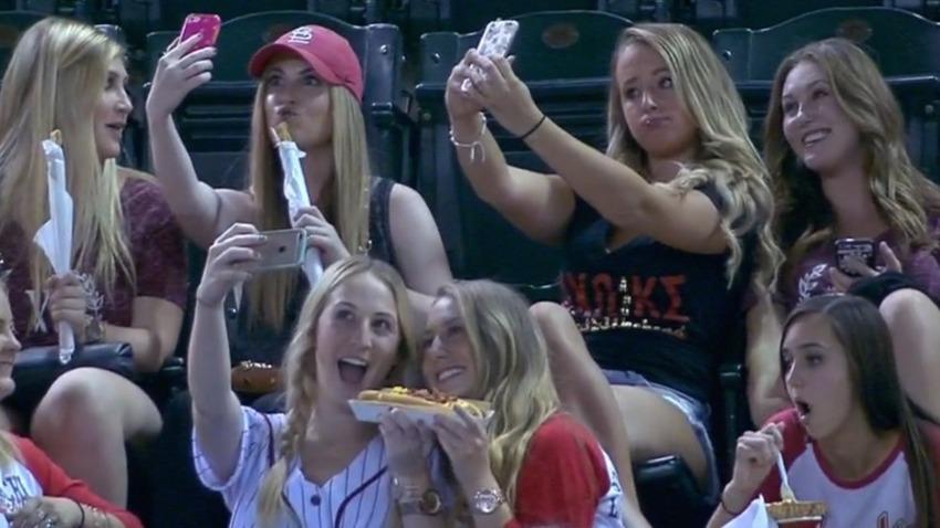 baseball-selfies