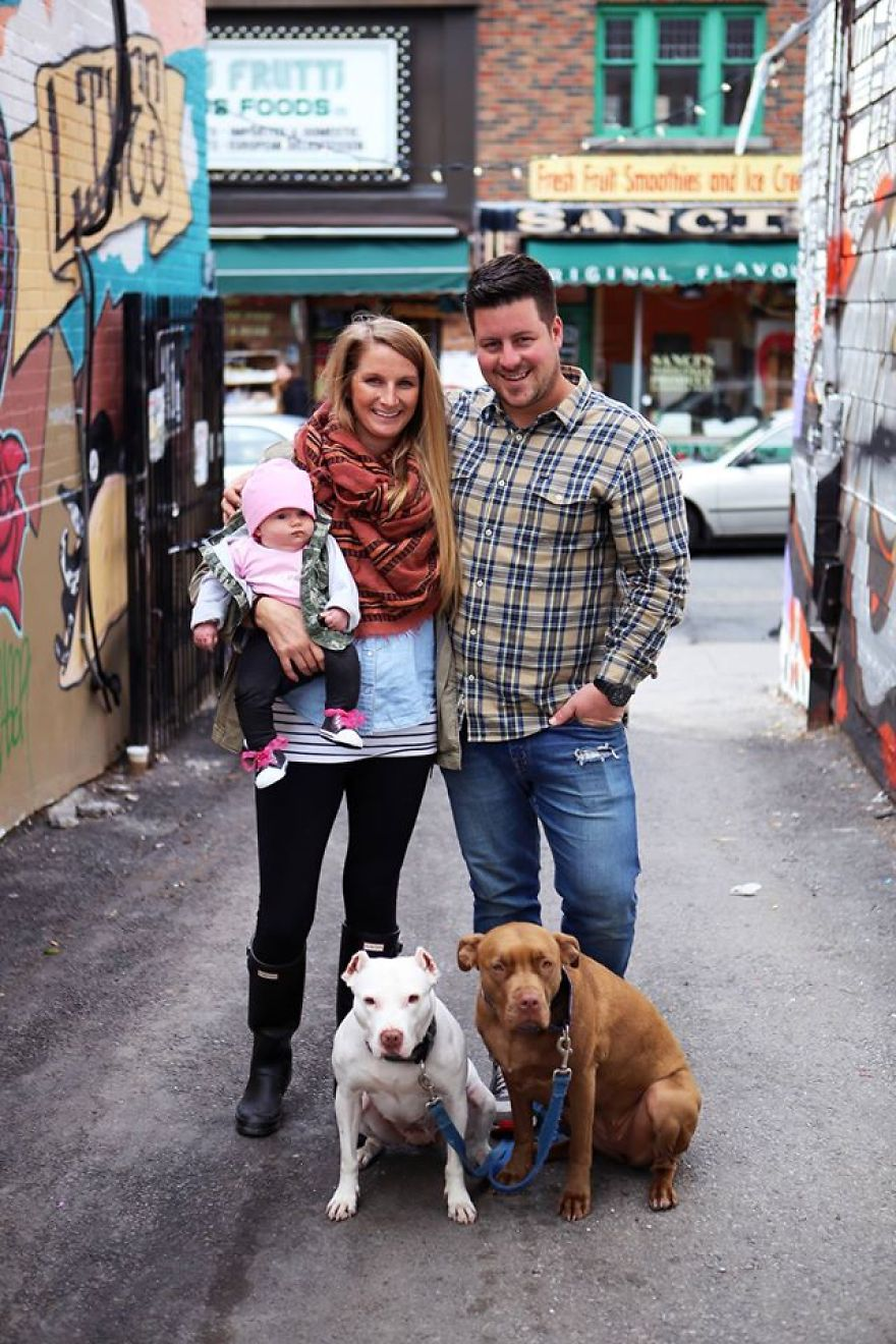 i-photographed-over-200-families-with-rescued-dogs-to-inspire-others-to-adopt-3__880