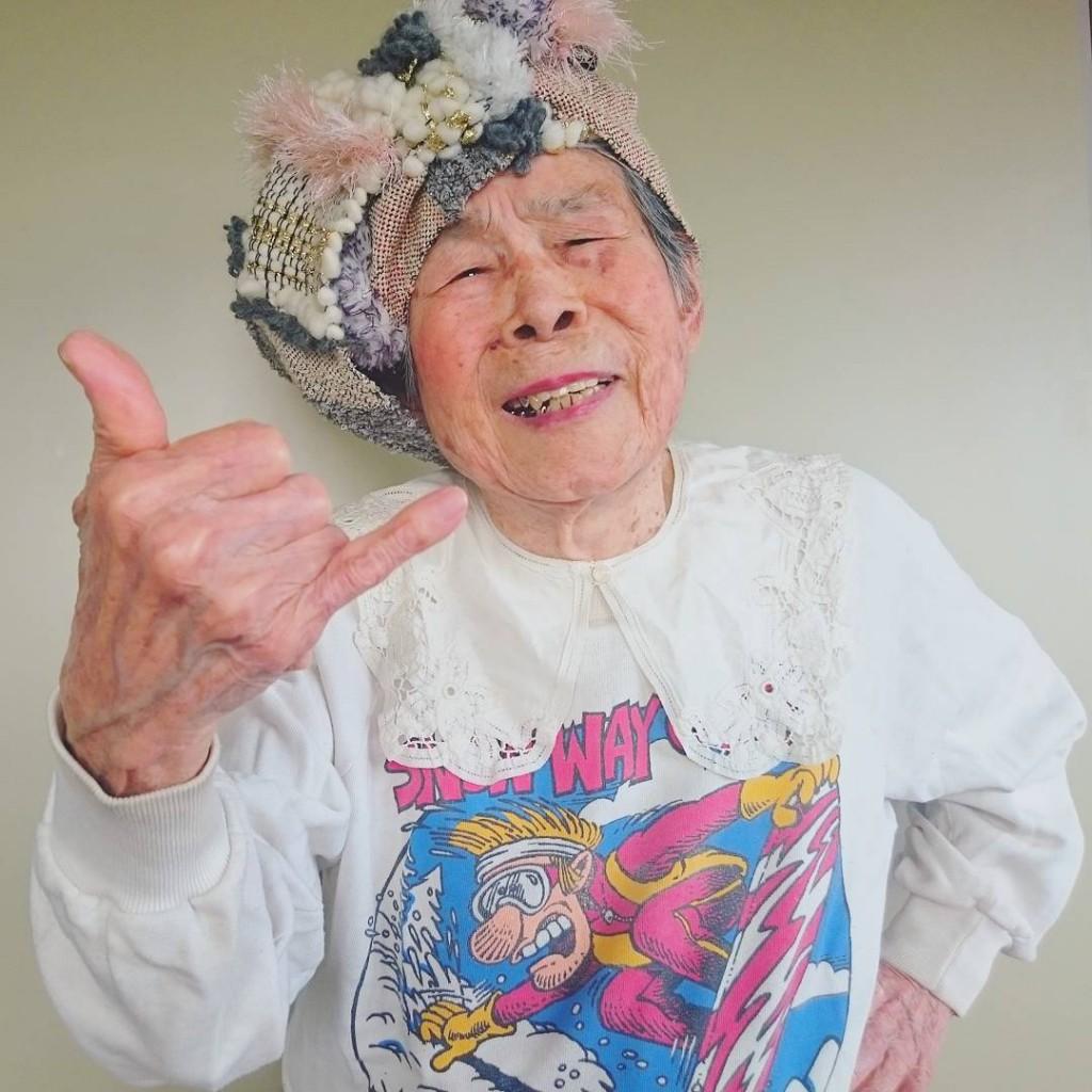 93-year-old-grandma-model-instagram-saori-1000weave-chin_005