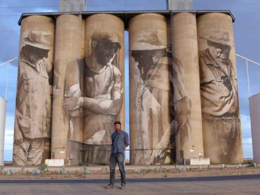 street-artist-paints-amazing-mural-on-old-30m-silos-8__880