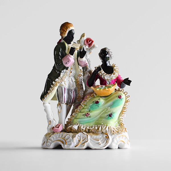 Victorian-Couple-Deleted---paint-on-found-porcelain---2010---7-x-5,5-x-2,5---005