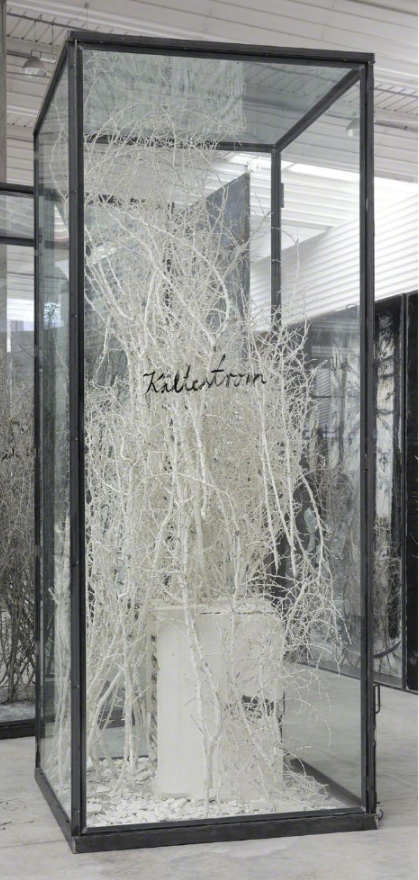 Anselm Kiefer, Kälterstrom, 2010, Plaster-coated thorn bushes, plaster refregirator and resin ice cubes in inscribed glass and steel vitrine, 321,6 x 130,2 x 130,2 cm