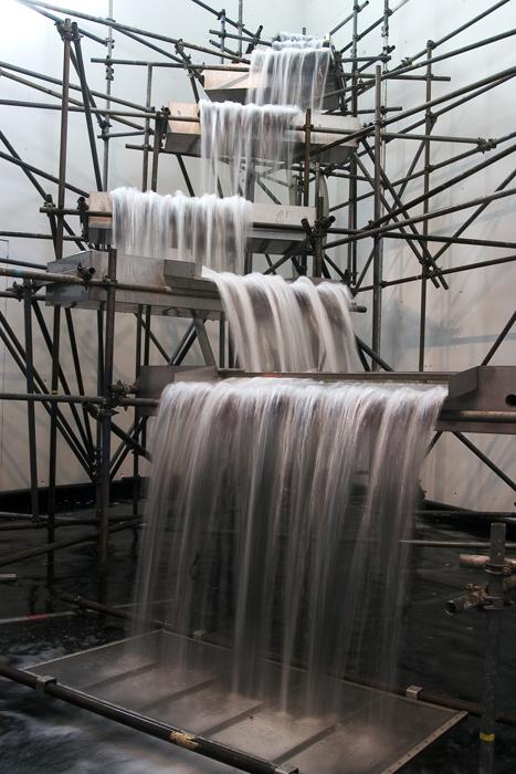 Olafur Eliasson, Waterfall, 2004