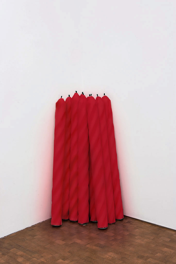 Philippe Parreno, Candles (Interior Cartoons), 2007, wax and wick, 12 candles each 120 cm high and 20 cm diameter