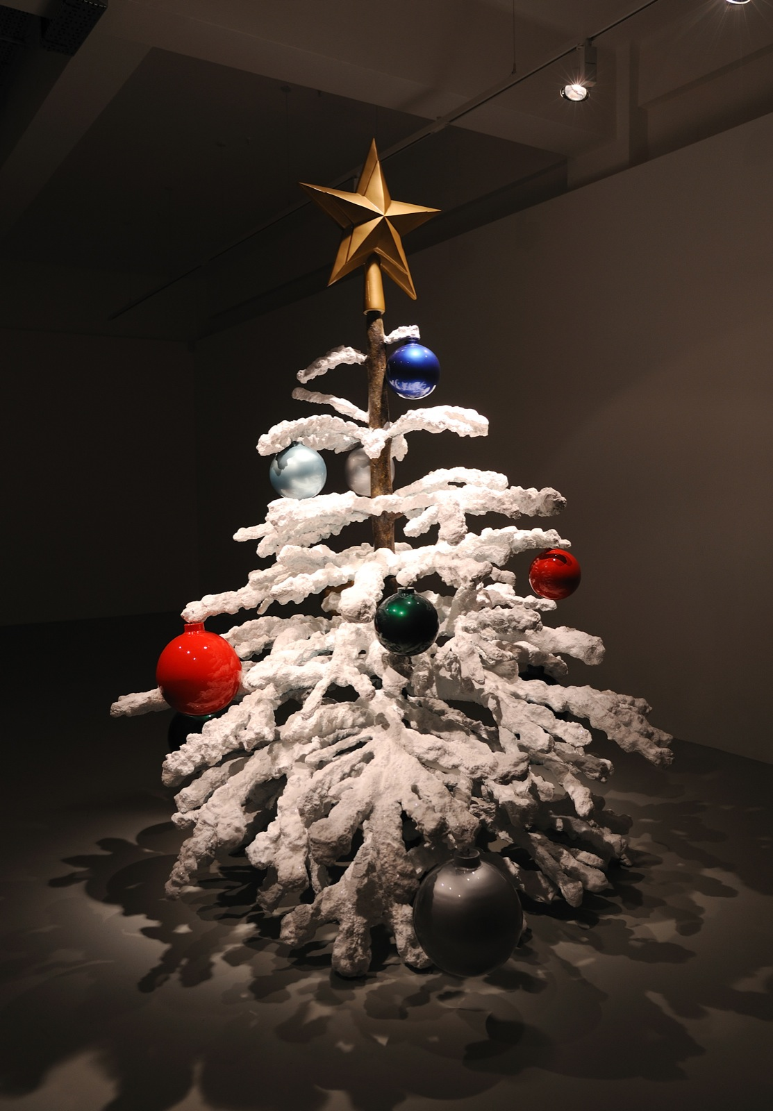 Philippe Parreno, Fraught Times - For Eleven Months of the Year it's an Artwork and in December it's Christmas (October), 2008, cast aluminium, paint, musical score, 272 x 205 cm