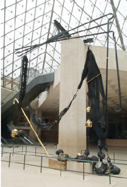 Tunga, A la lumière des deux mondes (In the light of both worlds), 2005, steel timber, bronze, gold and resin, Musée du Louvre