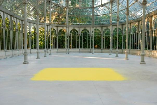 Wolfgang Laib, Hazel Pollen, 2007, Palacio de Cristal, Madrid
