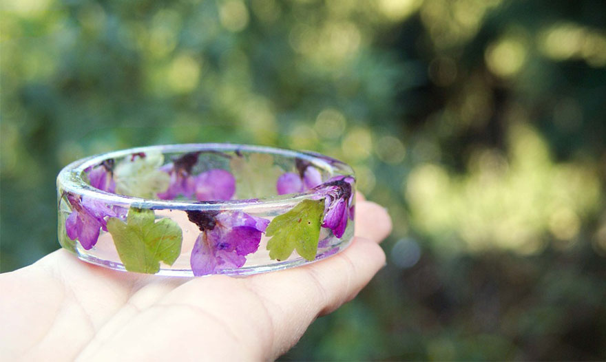 resin-flower-moss-bangles-bracelets-modern-flower-child-sarah-smith-311