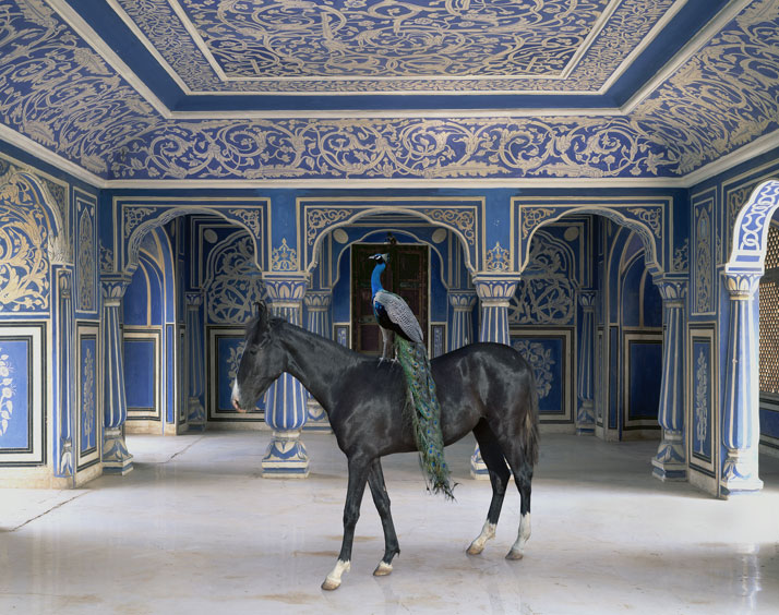 Karen Knorr, Sikander's Entrance, Chandra Mahal, Jaipur City Palace, Jaipur. From the book India Song © Skira Editore. Courtesy of the artist.