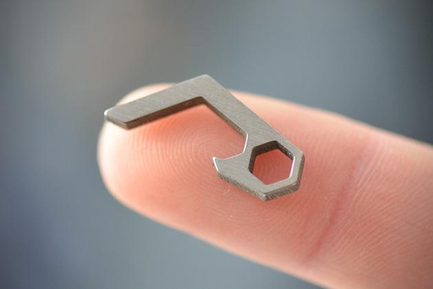 PiCO-Titanium-Micro-Bottle-Opener-2