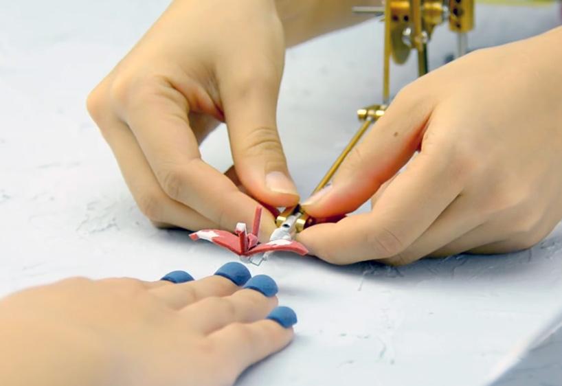 3d-printed-nail-art-designboom-02