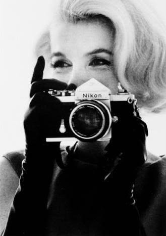Celebrities with Their Vintage Cameras (1) - Copy
