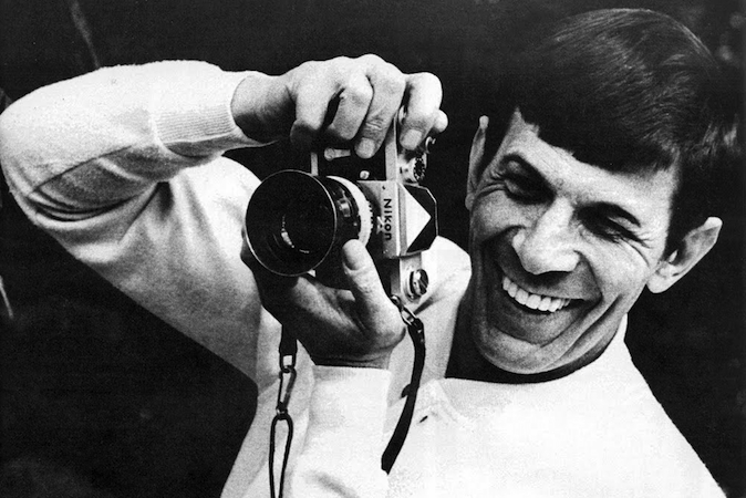 Celebrities with Their Vintage Cameras (29)