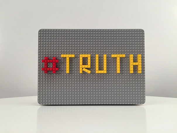 LEGO-decorated-laptop-macbook-brik-case-jolt-team-03