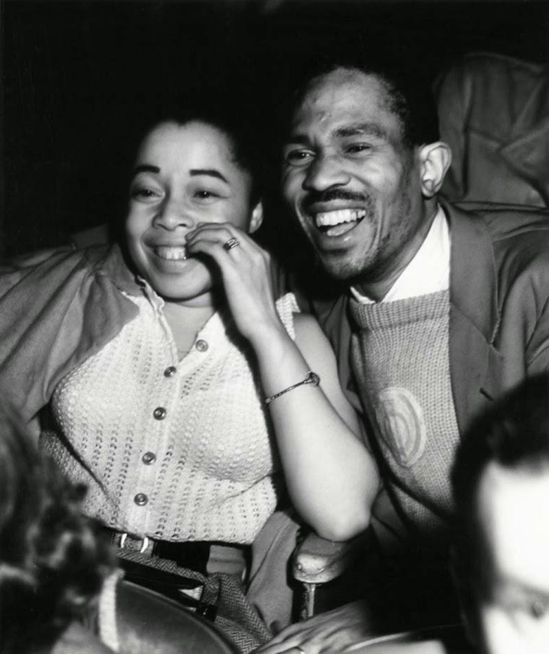 Weegee+-+Filmgoers,+1940s+(12)