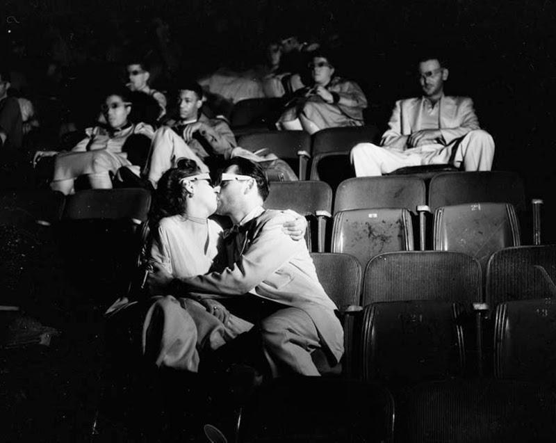 Weegee+-+Filmgoers,+1940s+(14)
