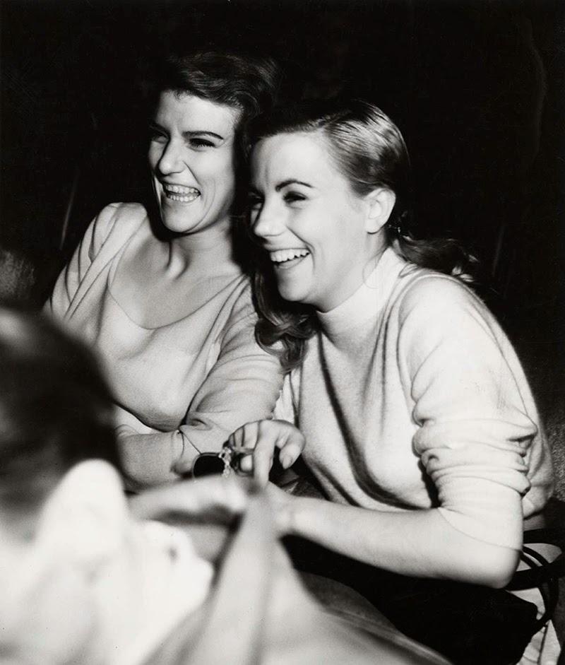 Weegee+-+Filmgoers,+1940s+(4)