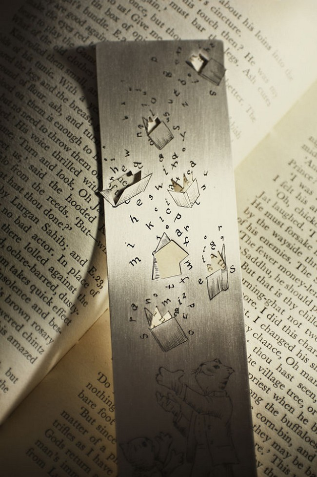cat-silver-bookmark