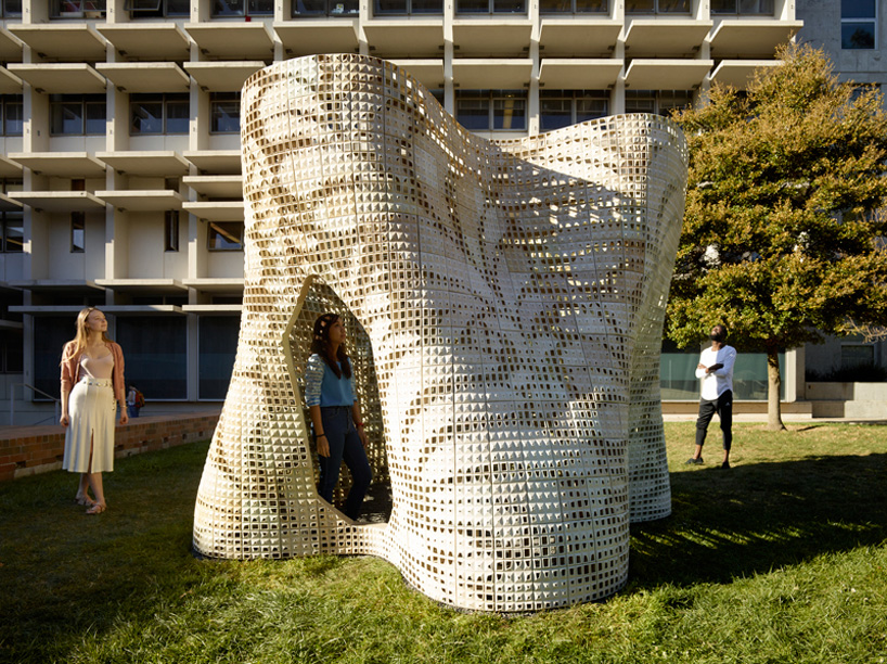 emerging-objects-bloom-3D-printed-pavilion-designboom-06